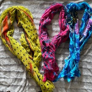 Womens scarves bundle